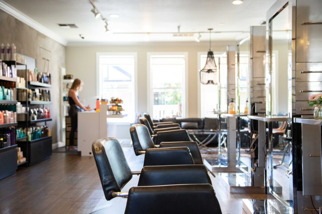 10 KEYS TO OPENING A HAIR SALON AND BECOMING AN OWNER